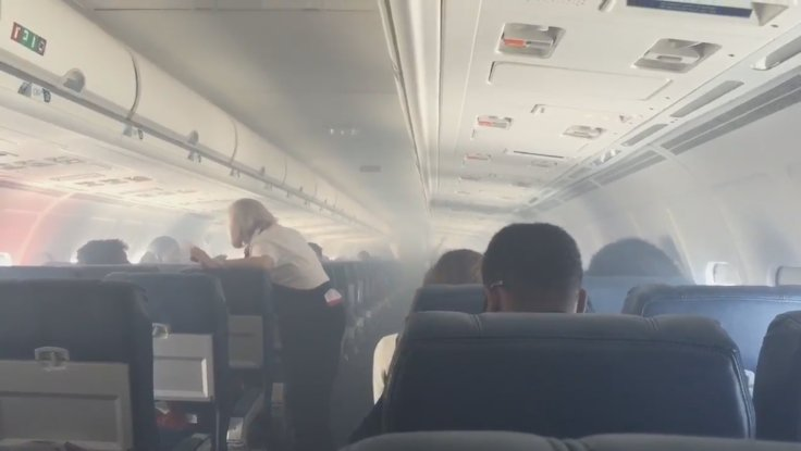 Smoke Fills Delta Air Lines Flight 2028